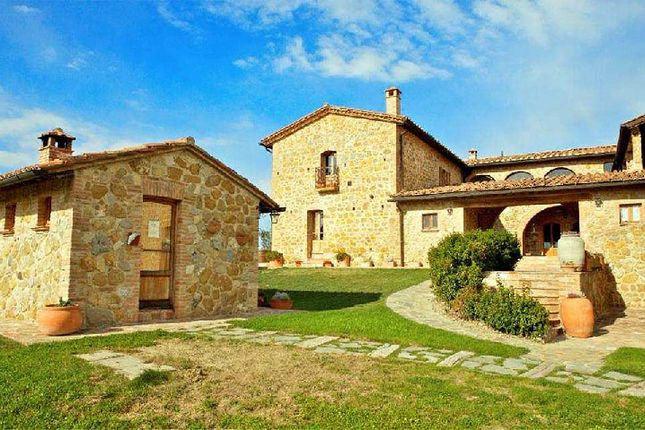 Thumbnail Country house for sale in Pienza, Pienza, Siena, Tuscany, Italy
