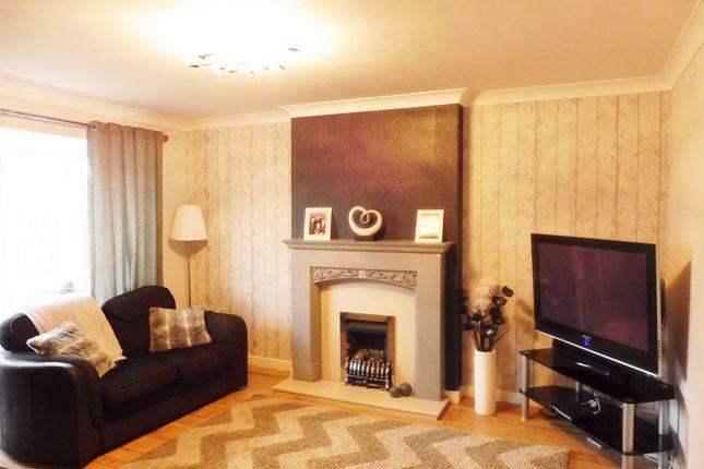 Lounge of Ashleigh Vale, Barnsley S70