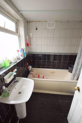 Bathroom of Solihull Road, Sparkhill, Birmingham B11