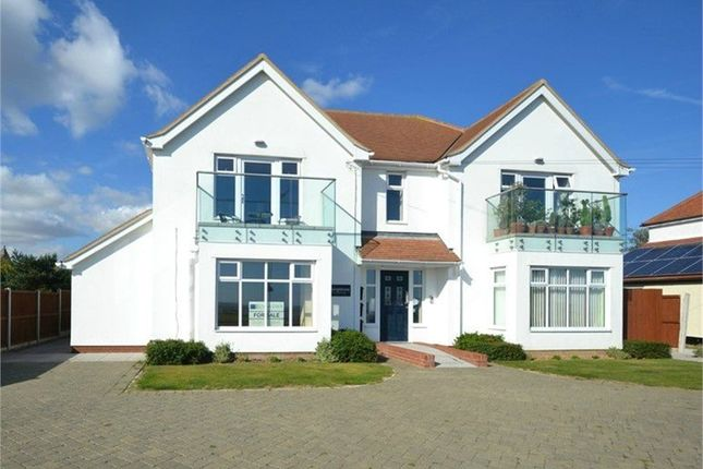 Thumbnail Flat for sale in Kings Parade, Holland-On-Sea, Clacton-On-Sea, Essex