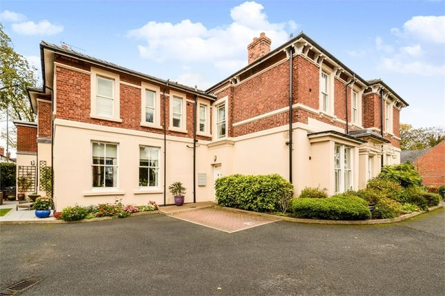 Thumbnail Flat for sale in Shrubbery Close, Walsall, West Midlands