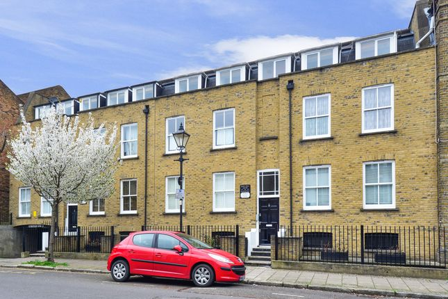 2 bed flat for sale in Barnsbury Street, London