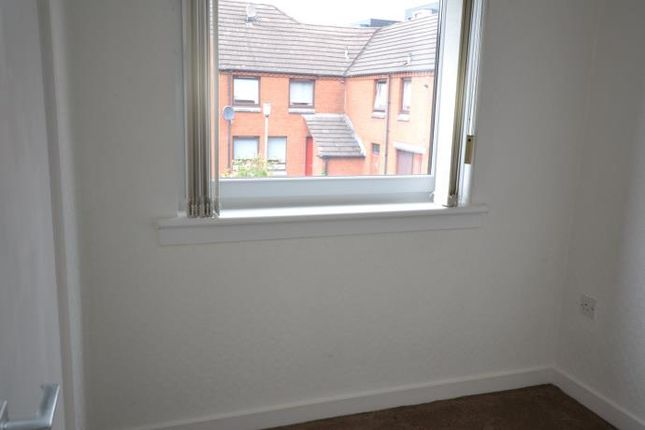 3 bed terraced house to rent in 10 Garmouth Gardens, Glasgow G51