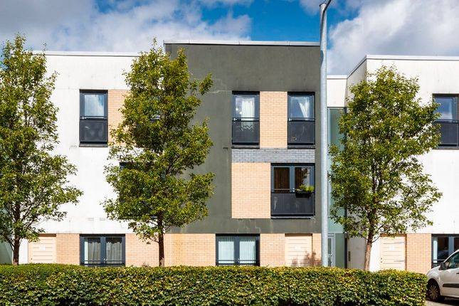 2 bed flat for sale in Firpark Close, Dennistoun, Glasgow