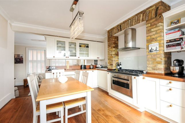 2 bed bungalow to rent in Holly Bush Vale, Hampstead, London NW3