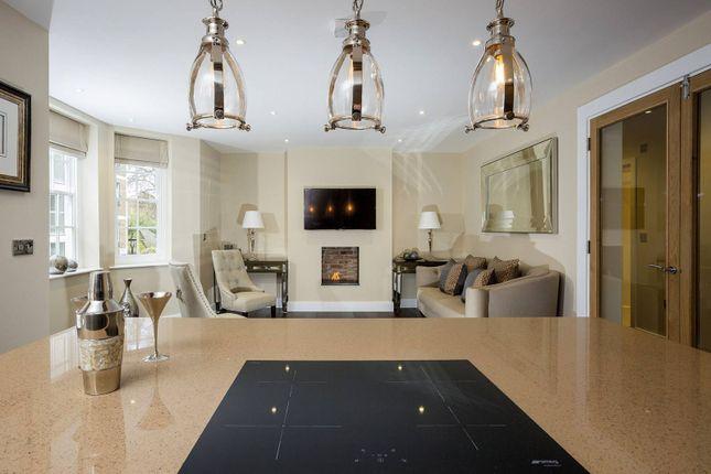 Thumbnail Flat for sale in Luxborough Street, Marylebone