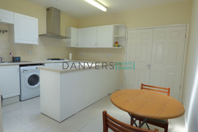 Thumbnail Semi-detached house to rent in Thorpe Street, Leicester