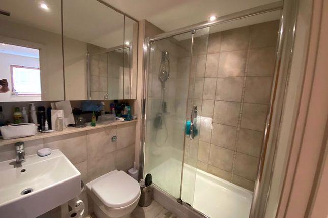 Bathroom 2 of Heritage Avenue, London NW9