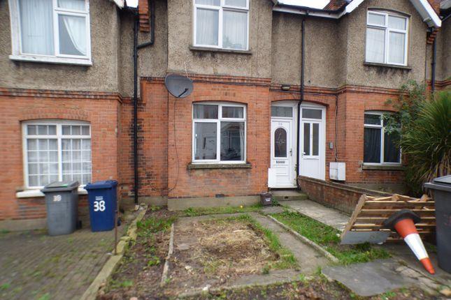 Thumbnail Flat to rent in Brunswick Park Road, London