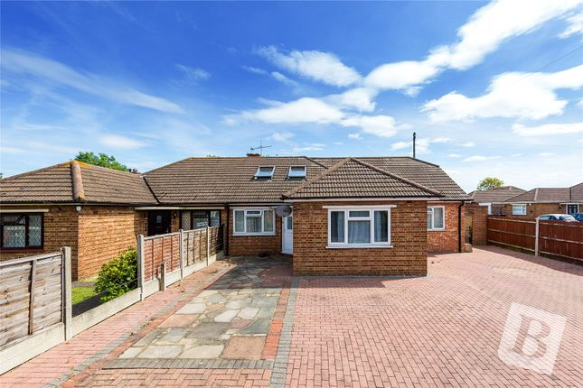 Picture No. 15 of Johns Road, Meopham, Gravesend, Kent DA13