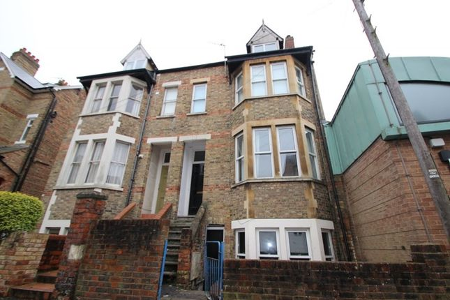 Thumbnail Terraced house to rent in Richmond Road, Oxford