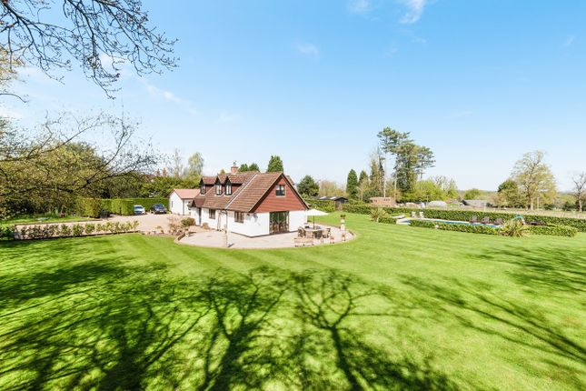 Thumbnail Detached house for sale in Headley Common Road, Headley