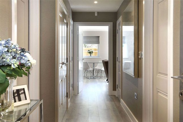 Thumbnail Flat for sale in Baring Road, Beaconsfield