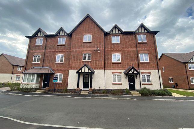 2 bed flat to rent in Meer Stones Road, Balsall Common CV7