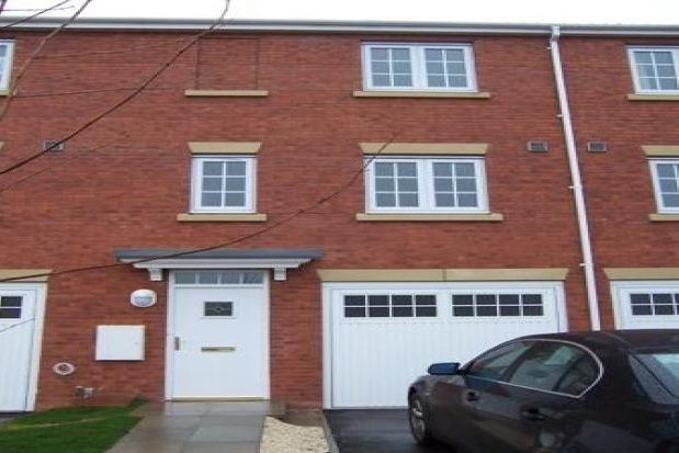 Thumbnail Property to rent in The Haven, Ousegate, Selby