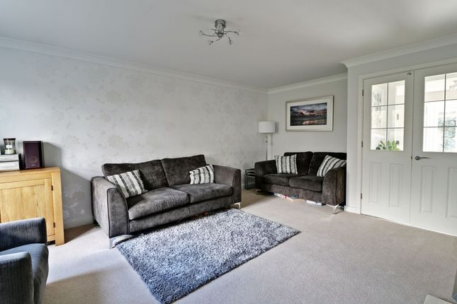Living Room of Amport Road, Sherfield-On-Loddon, Hook RG27