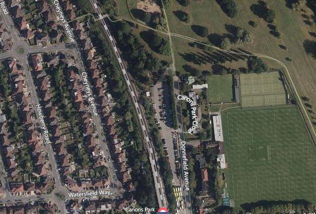 Map View of Cheyneys Avenue, Canons Park, Edgware HA8