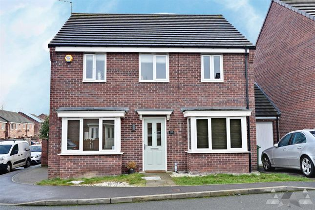 Thumbnail Detached house to rent in Hetton Drive, Clay Cross, Chesterfield, Derbyshire