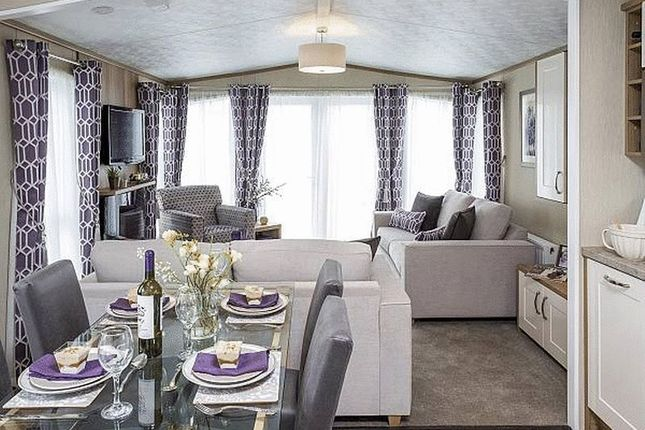 Thumbnail Lodge for sale in Marhamchurch, Bude