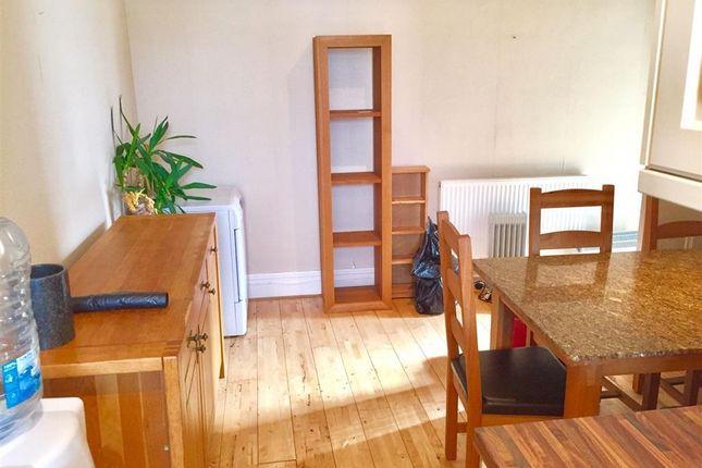 Thumbnail Maisonette to rent in John Street, Porthcawl, Porthcawl
