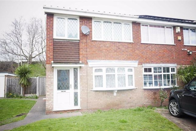 3 bed semi-detached house to rent in Beacon View Road, West Bromwich B71