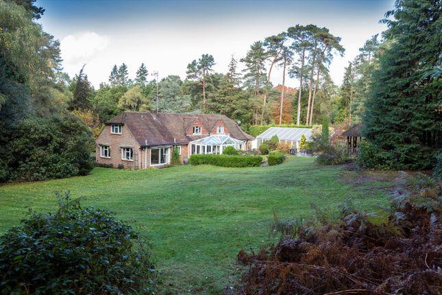 5 bed detached house for sale in Temples Close, Moor Park, Farnham, Surrey GU10
