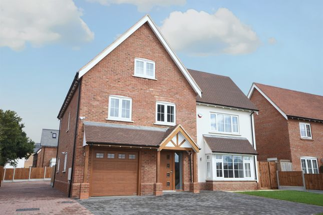 Thumbnail Detached house for sale in Condor Gate, Chelmsford