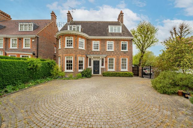 Thumbnail Detached house for sale in Woodfield Road, Ealing