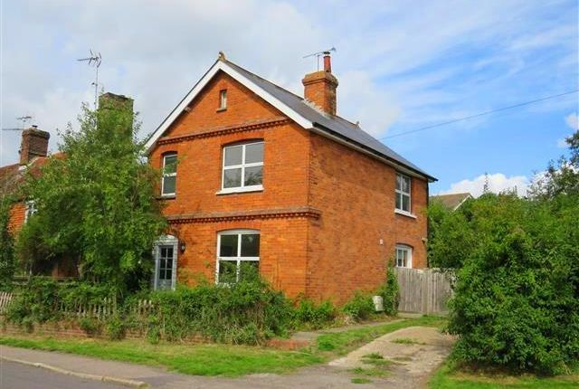 Thumbnail Property to rent in Station Road, Hurst Green, Etchingham