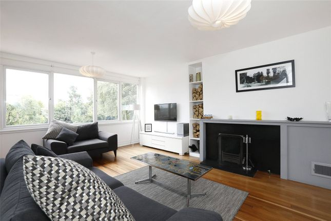 Thumbnail Terraced house for sale in Shelford Rise, London