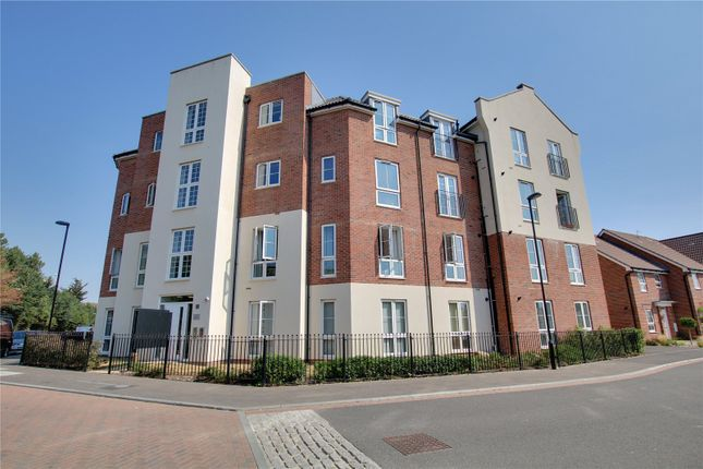 Thumbnail Flat for sale in Cambrian Way, Worthing, West Sussex