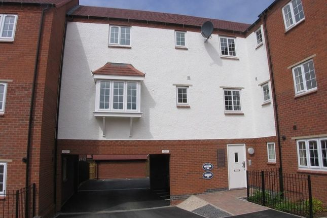 Thumbnail Flat to rent in Salford Way, Church Gresley, Swadincote, Derbyshire