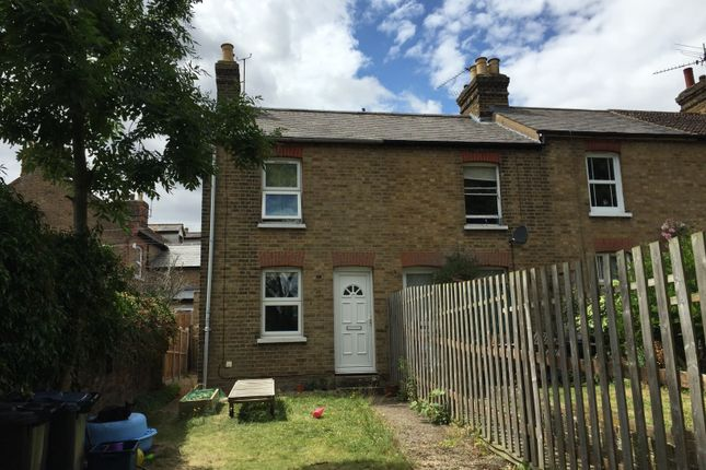 2 bed end terrace house to rent in Grove Place, Bishop's Stortford CM23
