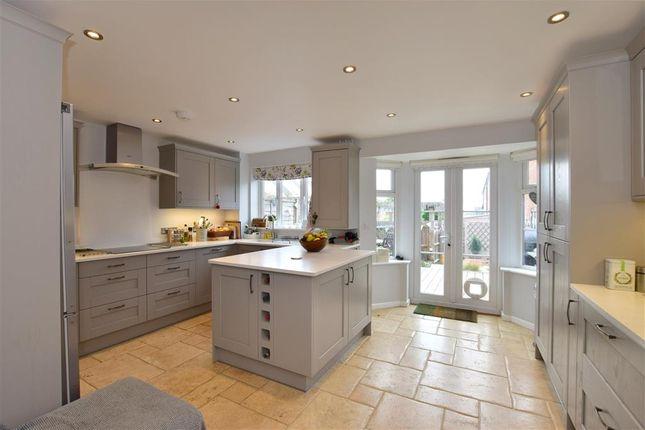 Thumbnail Terraced house for sale in Redland Avenue, Tunbridge Wells, Kent