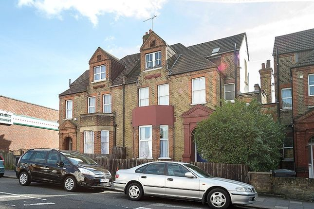 1 bed flat to rent in Sternhold Avenue, London