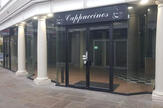 Thumbnail Restaurant/cafe to let in Cappuccinos Cafe, The George Shopping Centre, Grantham