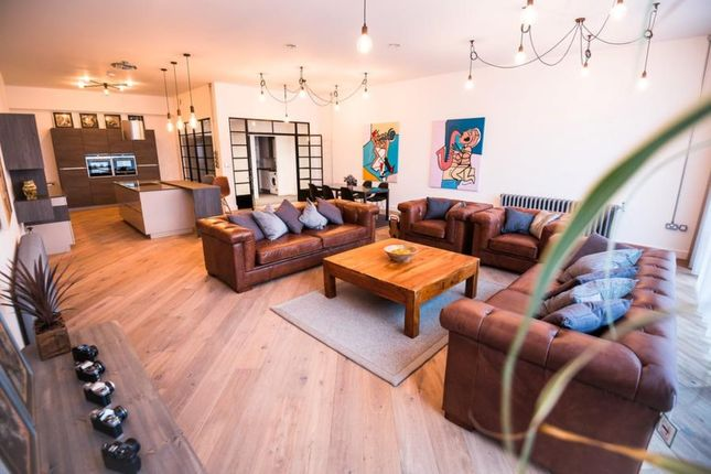 Flat to rent in Concord House, Marshall Street, Birmingham
