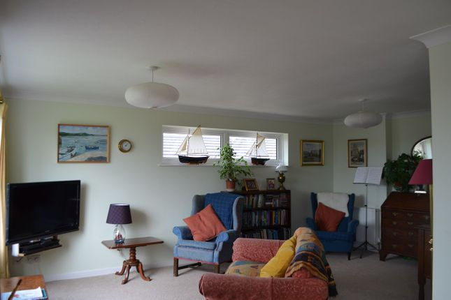 Lounge of Highfield Drive, Kingsbridge TQ7