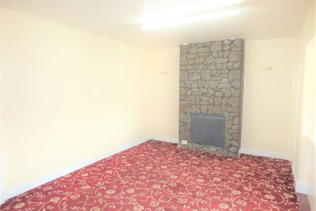 Thumbnail Terraced house to rent in Bedford Avenue, Hayes, Middlesex, United Kingdom