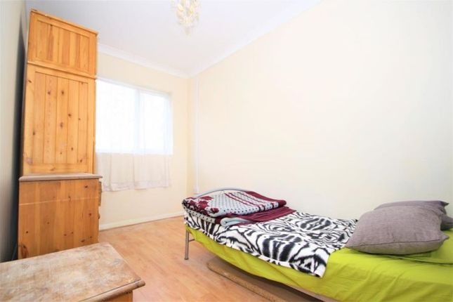 Thumbnail Room to rent in 4, Shooters Hill Road, Woolwich