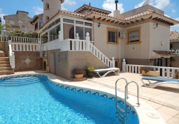 Villa, Villamartin, Alicante, 03189
