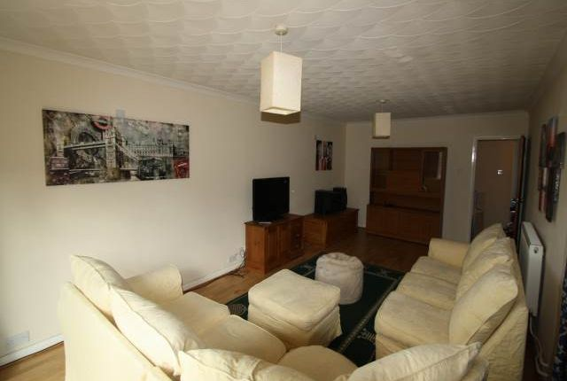 5 bed property to rent in Sidney Road, Gillingham ME7