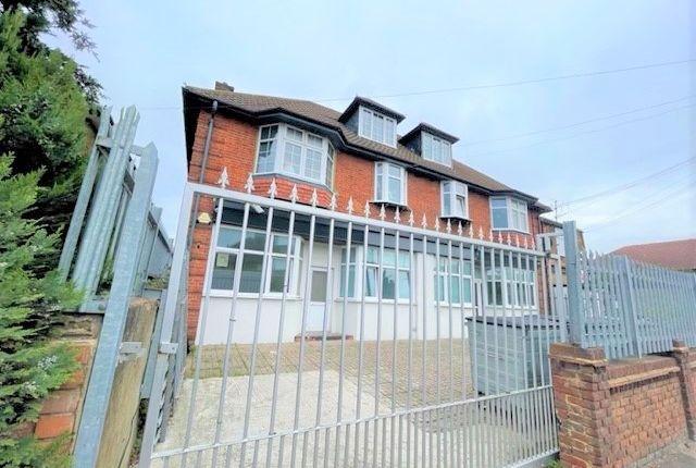 Thumbnail Studio to rent in Burnside Road, Essex