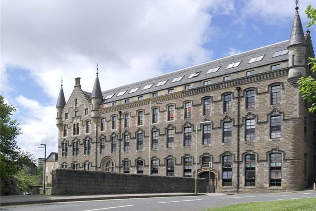 3 bed flat to rent in Bonnethill Place, City Centre, Dundee DD1