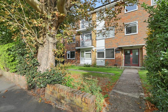 Thumbnail Flat for sale in Homefield Road, Bromley