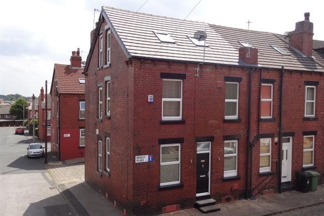 Thumbnail Property to rent in Henley Place, Bramley, Leeds