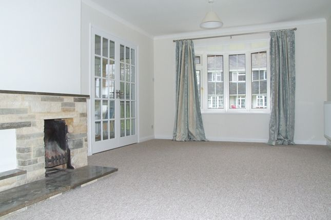 Thumbnail Terraced house to rent in Nelson Close, Stockbridge