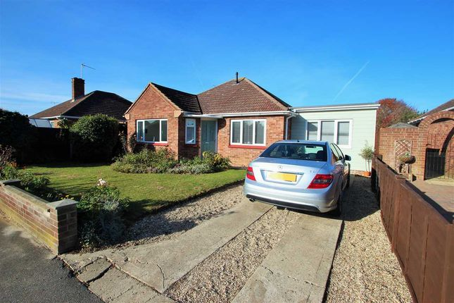 Thumbnail Bungalow for sale in Whitefriars Way, Prettygate, Colchester