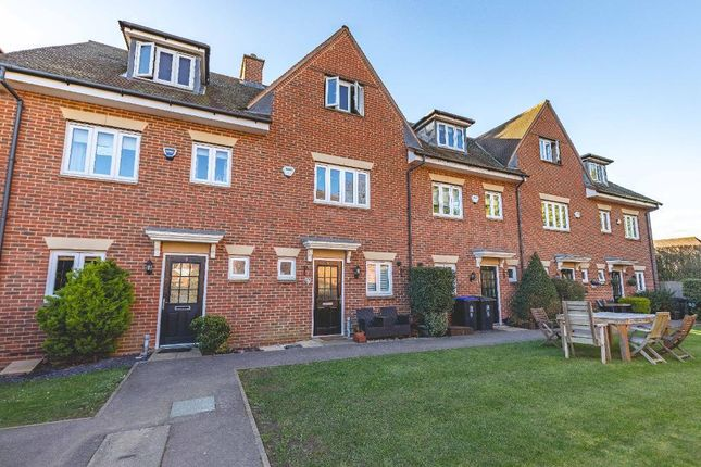 4 bed terraced house to rent in Montague Close, Farnham Royal SL2