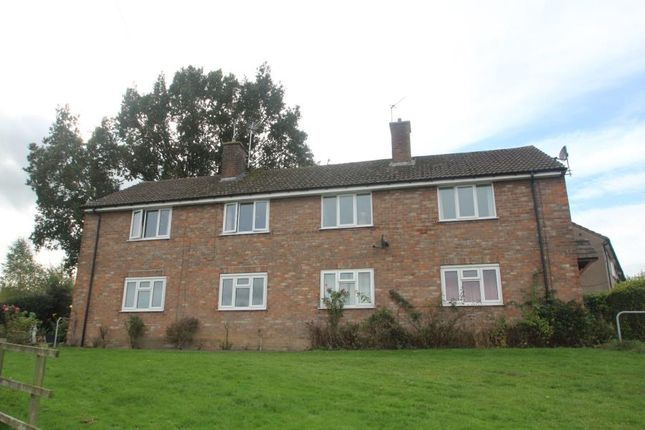 1 bed flat to rent in Woodacre Green, Bardsey LS17